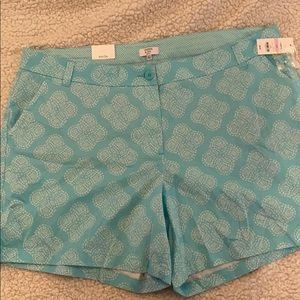 NWT Crown and Ivy Blue Print Shorts